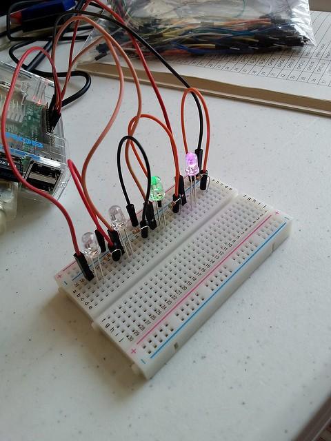 raspberrypi4-480x640 ラズベリーパイでできること初心者用。これが結構すごい!